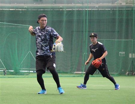 巨人・坂本勇人が楽天・西巻と沖縄で6時間ぶっ通しトレーニング