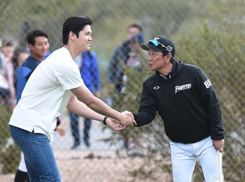 【朗報】大谷翔平さん、栗山監督との再会を楽しむ