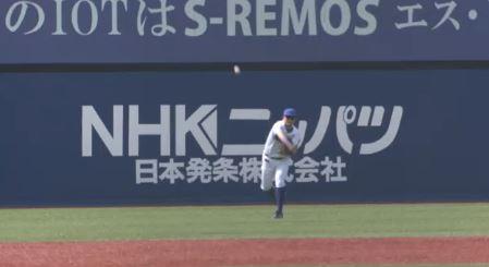 【GIF】筒香の肩vs.小林誠司の足wwwwwwwww