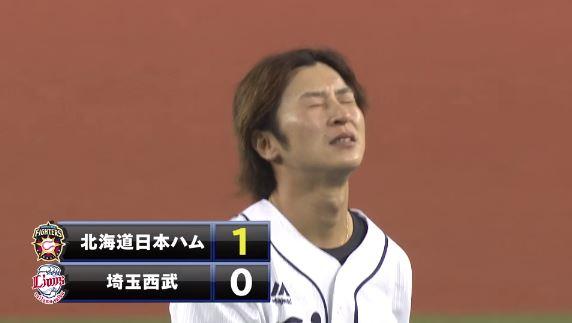 【GIF】西武・金子侑司さんの凄まじい送球エラーwwwwwwww