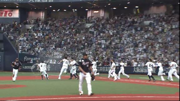 【朗報】オリックス・バファローズが令和初のサヨナラ勝ち!!