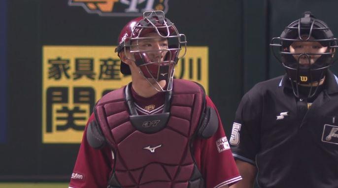 楽天・嶋基宏 盗塁阻止率.000(23-0)