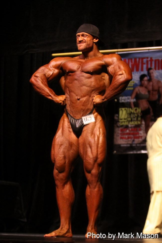 2012 NPC wa state open super heavy and overall champion Brandon Lyons