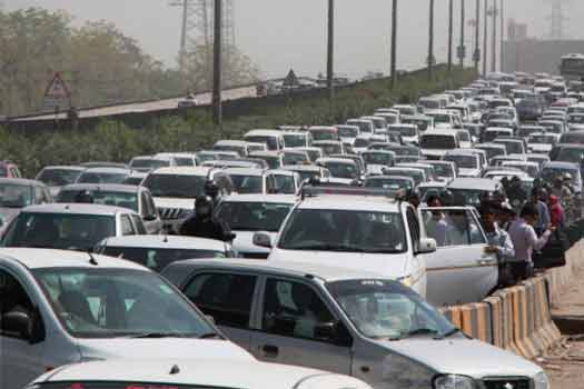 To boost car sales; Maruti Suzuki, Hyundai, other dealers offer up to Rs 37,00 discount