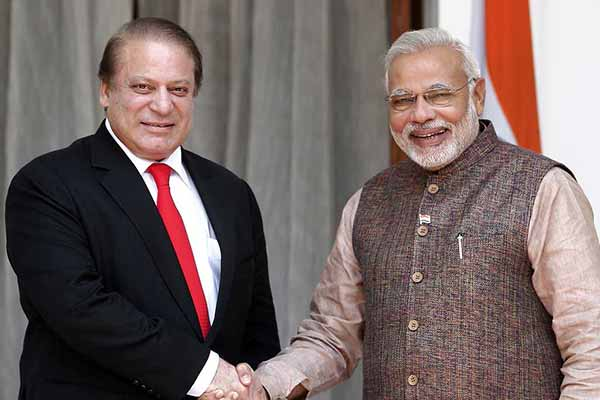 PM wishes Pakistan PM on his birthday; will meet him today in Lahore