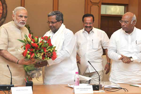 All Party Delegation from Karnataka calls on PM