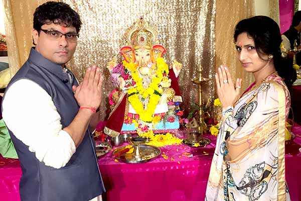 Riyaz and Reshma Gangji celebrated Ganesh Chaturthi for second year at Pedder road store of Libas