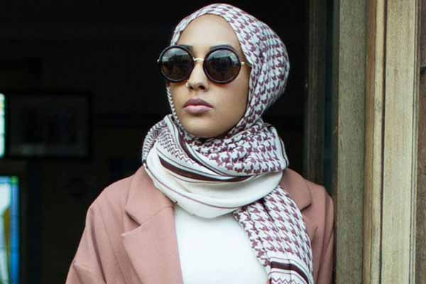 Change in fashion industry; H&M's hijab-wearing model