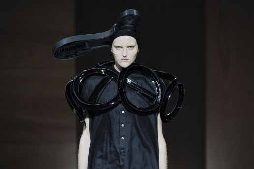 Junya Watanabe travels far, far away for spring; Futuristic accessories