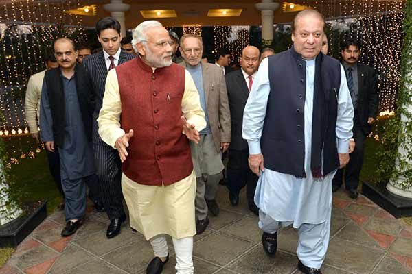 Modi-Sharif meeting in Pak; UN chief, US welcome the move