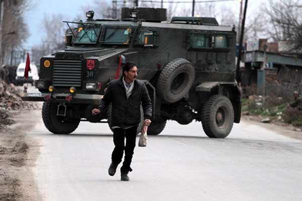 Pampore encounter: Fresh firing broke out between militants, security forces