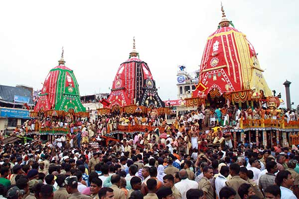 Ratha Yatra: Man held for climbing chariot