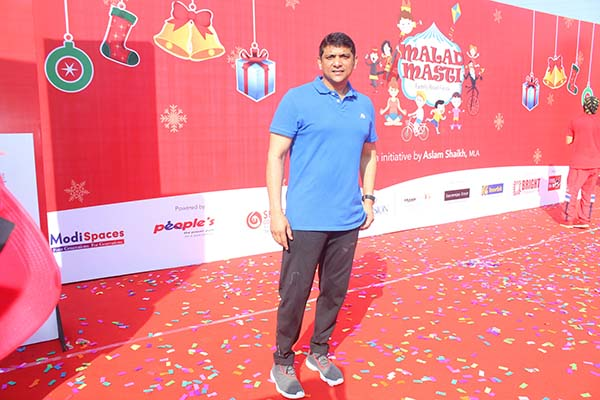 CHRISTMAS IN MALAD WAS A FUN & FROLIC SUNDAY