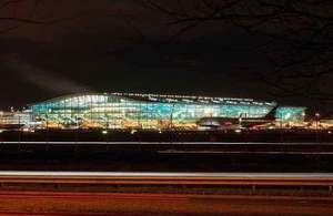 Public consultation launched to cut night flight noise at Heathrow, Gatwick and Stansted