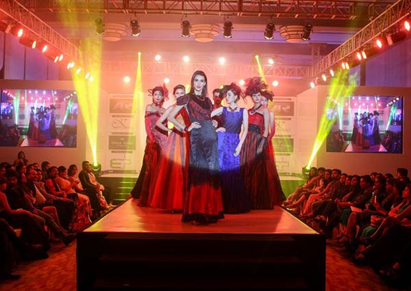 INIFD DECCAN, PUNE rocked the Annual Fashion Show - IVANA 2017