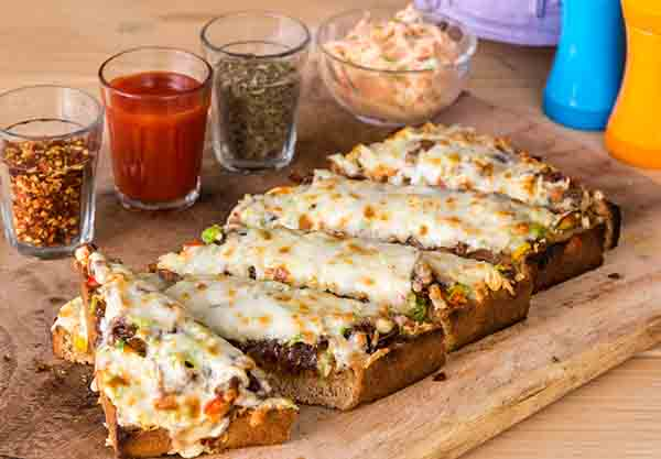 Grillicious introduces an all new addition to their menu- Cheese chilli toast!