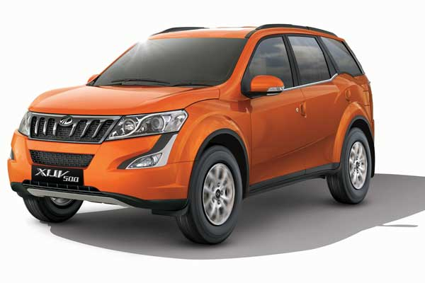 Mahindra Launches New W9 variant in XUV500
