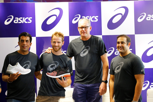 ASICS HYDERABAD STORE SEES KANE WILLIAMSON & TOM MOODY FOR FANS MEET & GREET