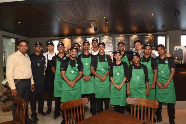 Starbucks Unveils an Elevated Coffee Retail Experience at the Mumbai-Pune Expressway