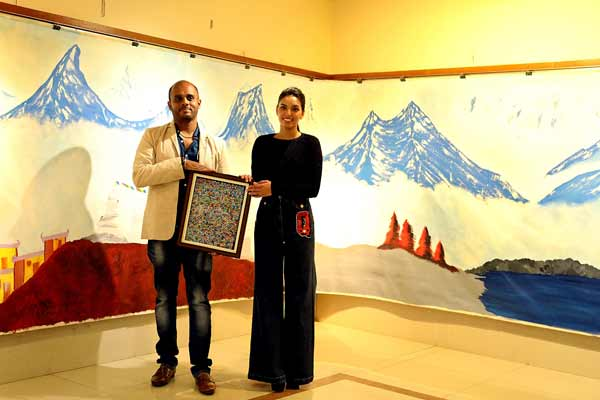 'World's largest professional oil painting' showcased at 2 day exhibition 'Avahan'
