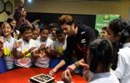 Smaaash hosts Smile Foundation kids with Actor Manish Paul as he celebrates his birthday