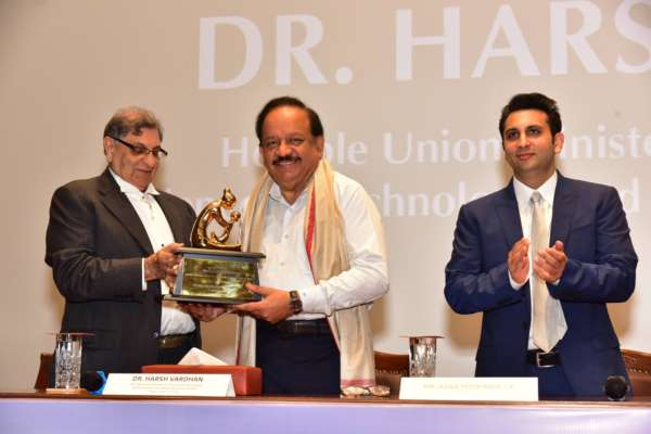 Dr. Harsh Vardhan, Union Minister of Health, inaugurates world's largest vaccine manufacturing facility by Serum Institute of India; company has invested over INR 3000 crores in facility so far