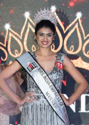 Pune Engineer Chaitalee Patil takes home the crown of 'Mrs India – Empress of the Nation'