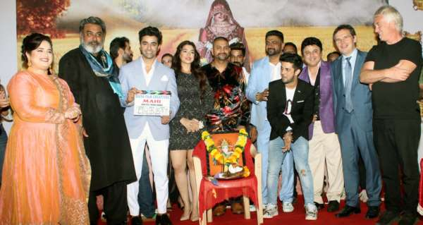 Ali Asgar, Hobby Dhaliwal, Hiten Tejwani , Anas Khan Spotted at the mahurat of Vikram Sandhu and Prabsimran Sandhu's Hindi film Mahi