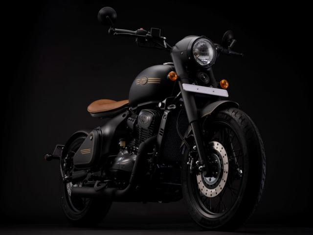 Classic Legends unveils the Jawa Perak in Pune