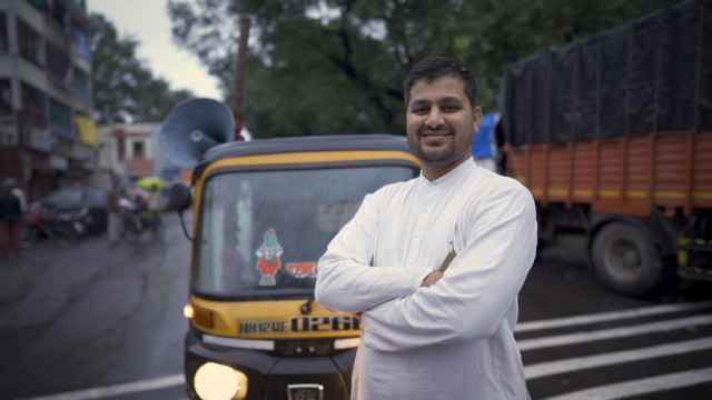 A Pune-based auto-rickshaw driver spent from his wedding funds to feed migrant workers during the pandemic