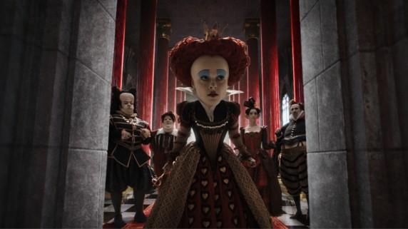 "Helena Bonham-Carter som den røde dronningen i ""Alice In Wonderland"" (Foto/Copyright: Walt Disney Studios Motion Pictures Norway)."