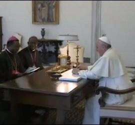 papa-obispos-guinea_270x250