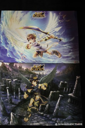 Kid Icarus Battle Squad - Both sides of the limited edition double sided poster