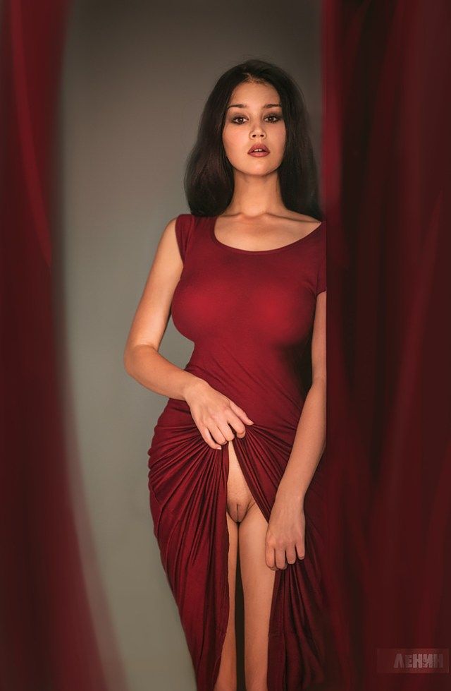red dress pussy flasher.jpeg