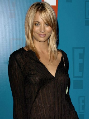 Kaley Cuoco see through celebrity tits (17)