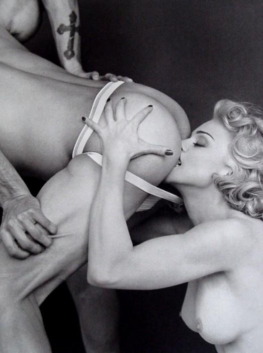 Madonna.jpg (107 KB)