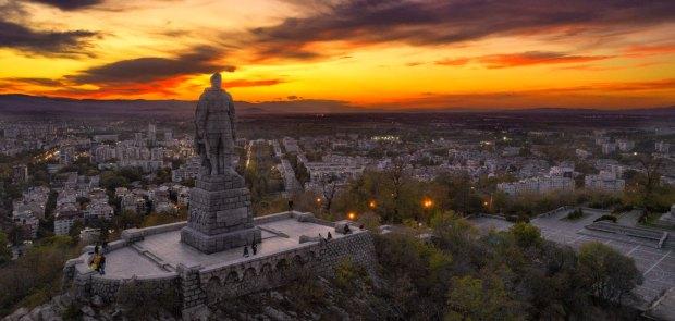 A sunset over the Alyosha Monument, Plovdiv. DJI Phantom 4 Advanced.