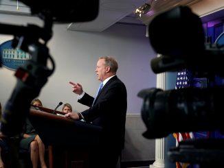 Kevin Lamarque—Reuters