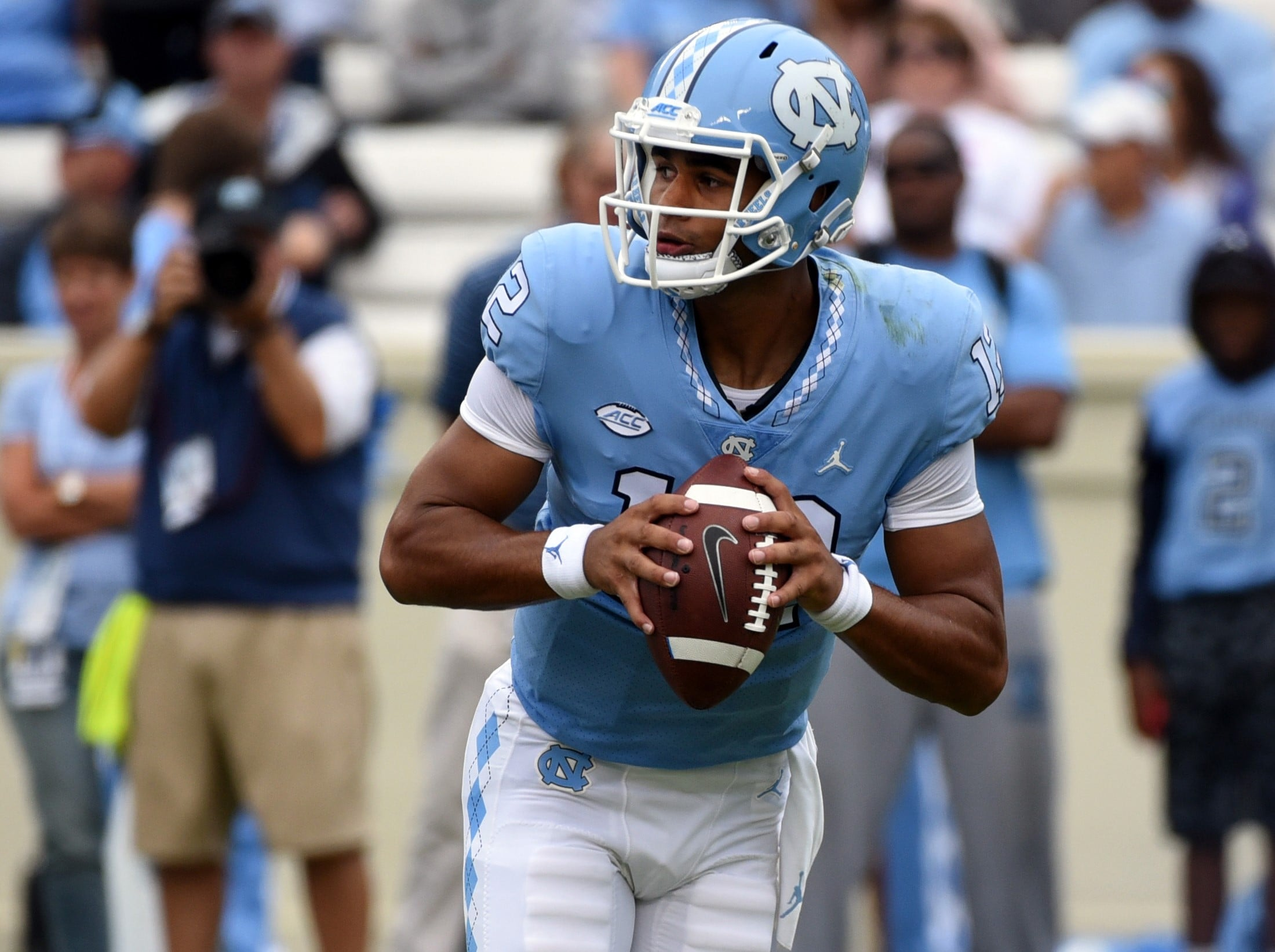 UNC goes with LSU graduate transfer Harris at QB vs. Cal