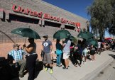 Hundreds of people queue to donate blood following the mass shooting at the Route 91 music festival in Las Vegas, Nevada, U.S., October 2, 2017. REUTERS/Mike Blake
