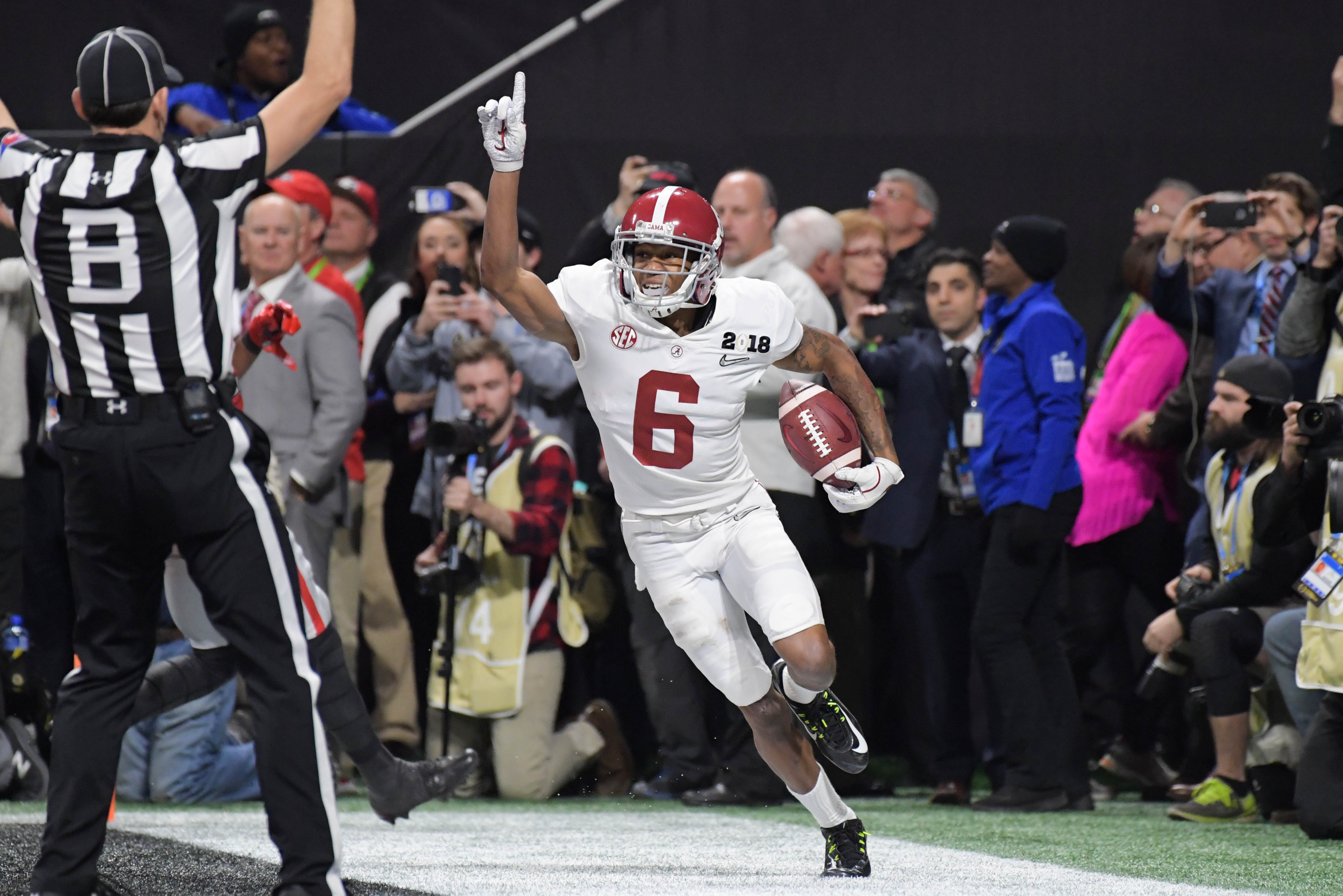 Kings of Confetti: Alabama celebrates national title No. 17