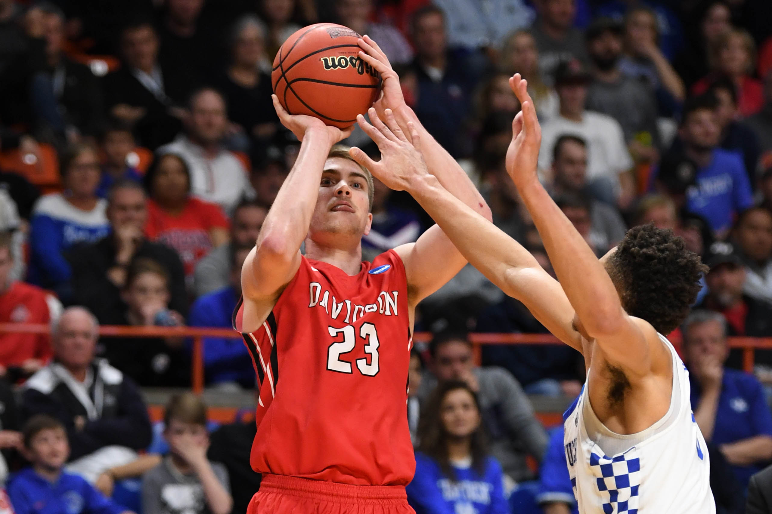 Cats hold off Davidson 78-73 in NCAA opener