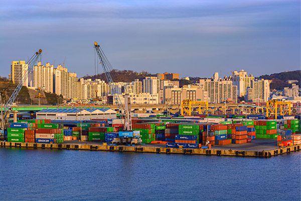 Морские перевозки контейнеров