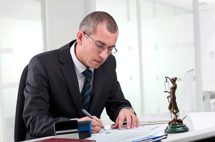 Что нужно, чтобы стать адвокатом и получить соответствующий статус?