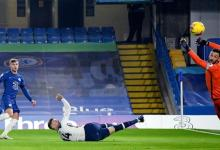 Photo of Tottenham back on top after Chelsea stalemate