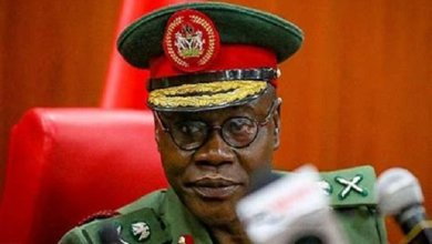 Photo of COAS tasks 2 Div personnel on loyalty, professionalism