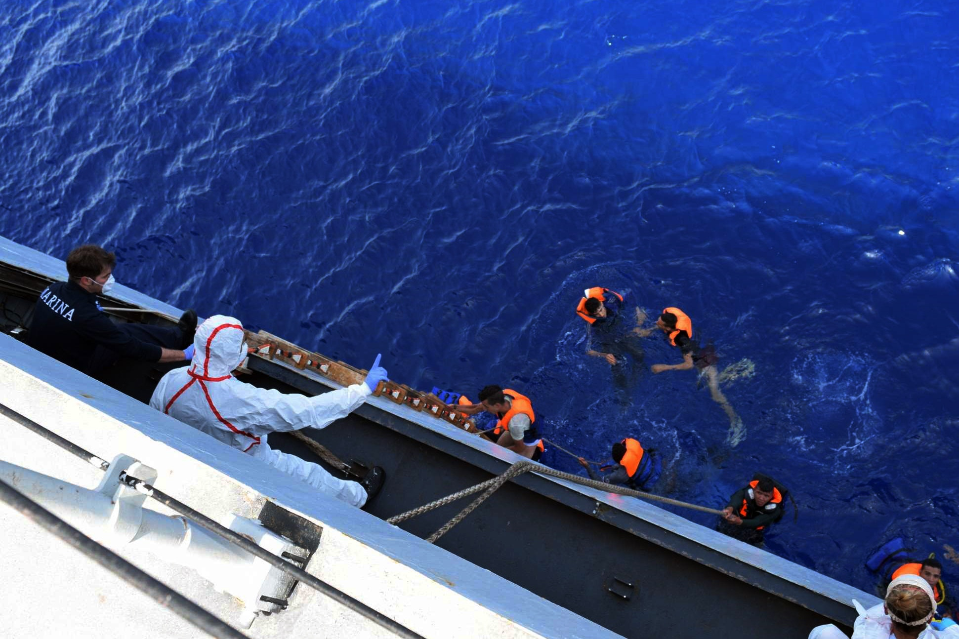 campbell-refugees-migrants-libya-6-1490823671