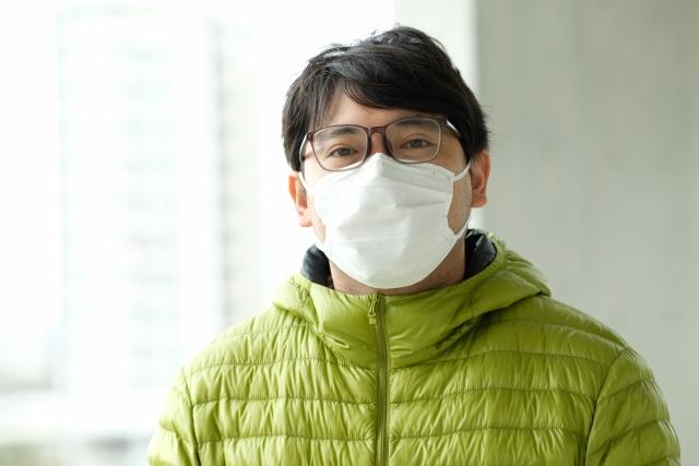 マスクでメガネがずれる!眼鏡がずれるのは眼鏡の汚れや歪みなどが原因!