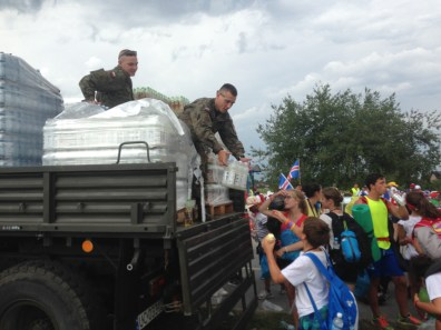 Army helped out with water for thirsty pilgrims