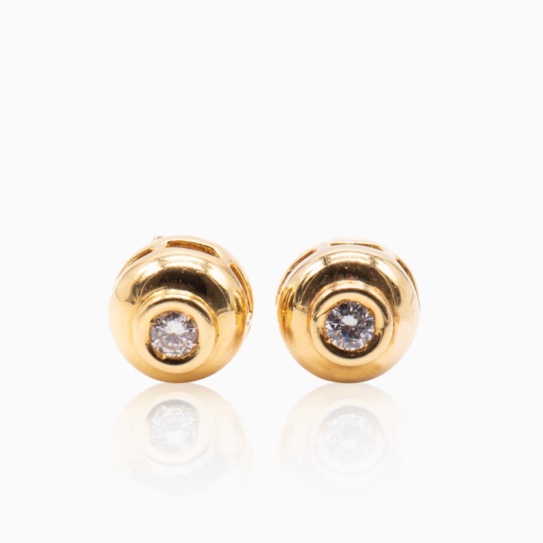 Pendientes de Oro y Diamante en Chatón